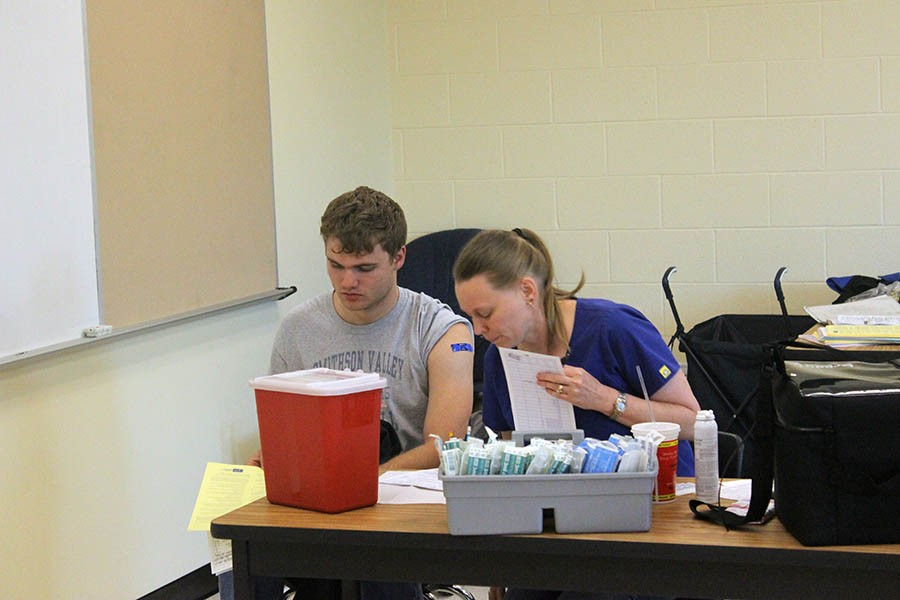 School hosts meningitis vaccination clinic