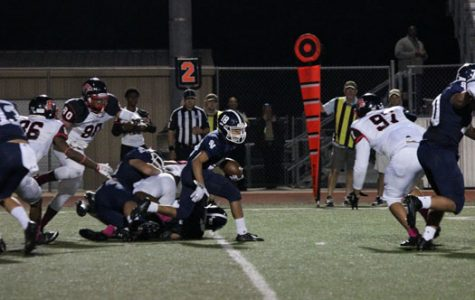 Football claws Cougars