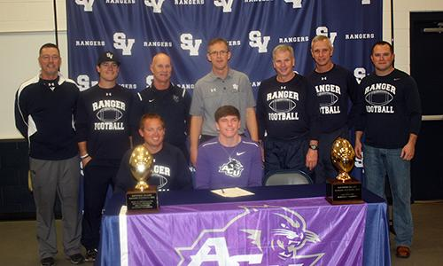 Linebacker Signs With Acu Valley Ventana