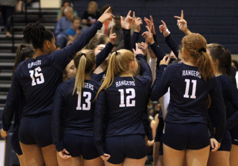 Volleyball suffers first district loss