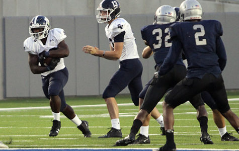 Football looks to roll Round Rock