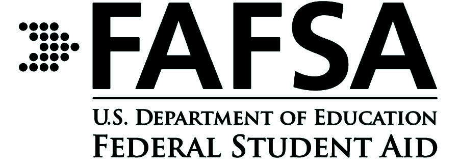 Students+and+parents+are+encouraged+to+fill+out+FAFSA+forms+as+soon+as+possible.