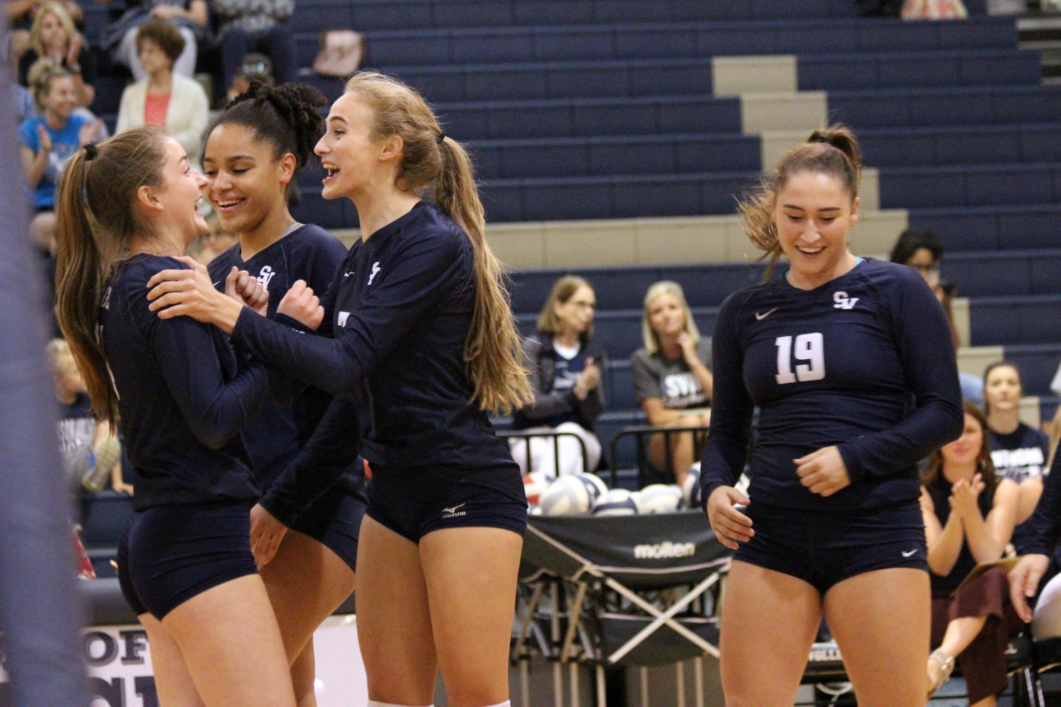 Volleyball rallies to conquer knights on Oct. 3
