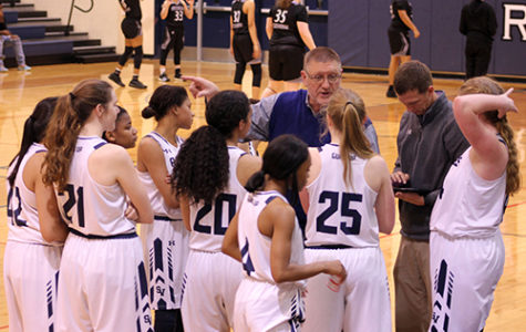 Girls Basketball extends winning season