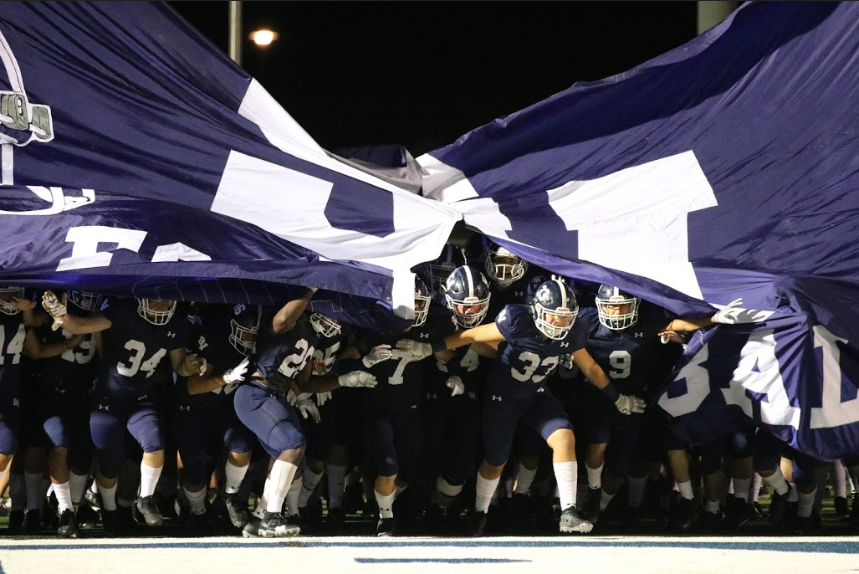Smithson+Valley+charges+the+field+prior+to+last+week%27s+43-15+drubbing+of+Pflugerville+Hendrickson.+The+Rangers+are+slated+to+play+San+Antonio+Madison+at+Heroes+Stadium+on+Thursday.