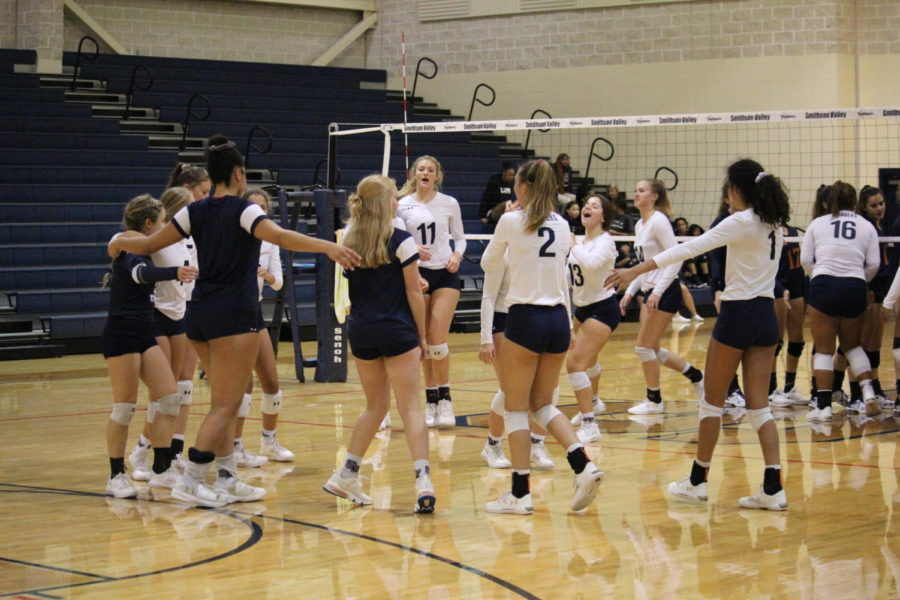 Volleyball+Season+In+Review
