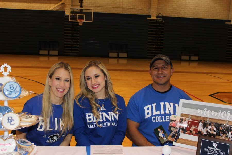 Ashley Acuna signing to play volleyball at Blinn