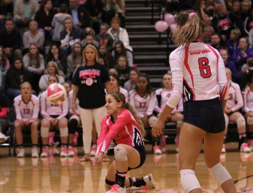 Ashley+Acuna+digs+at+the+pink+out+game