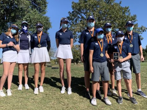 The boys and girls golf teams continue their season with wins at the Wurst Invitational on Monday.