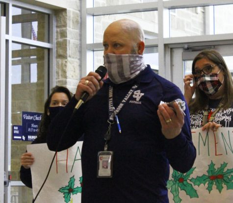 In a farewell statement, assistant principal Dean Hofer says goodbye to faculty and staff who turned out for his retirement sendoff on Dec. 18.