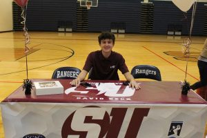 David Beck signs to Schreiner University in Kerrville.